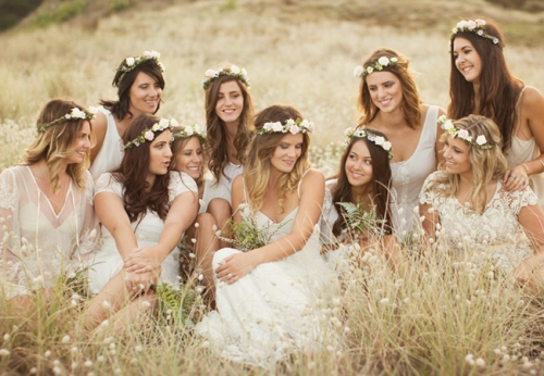 bridesmaidsflowercrowns_theknot10
